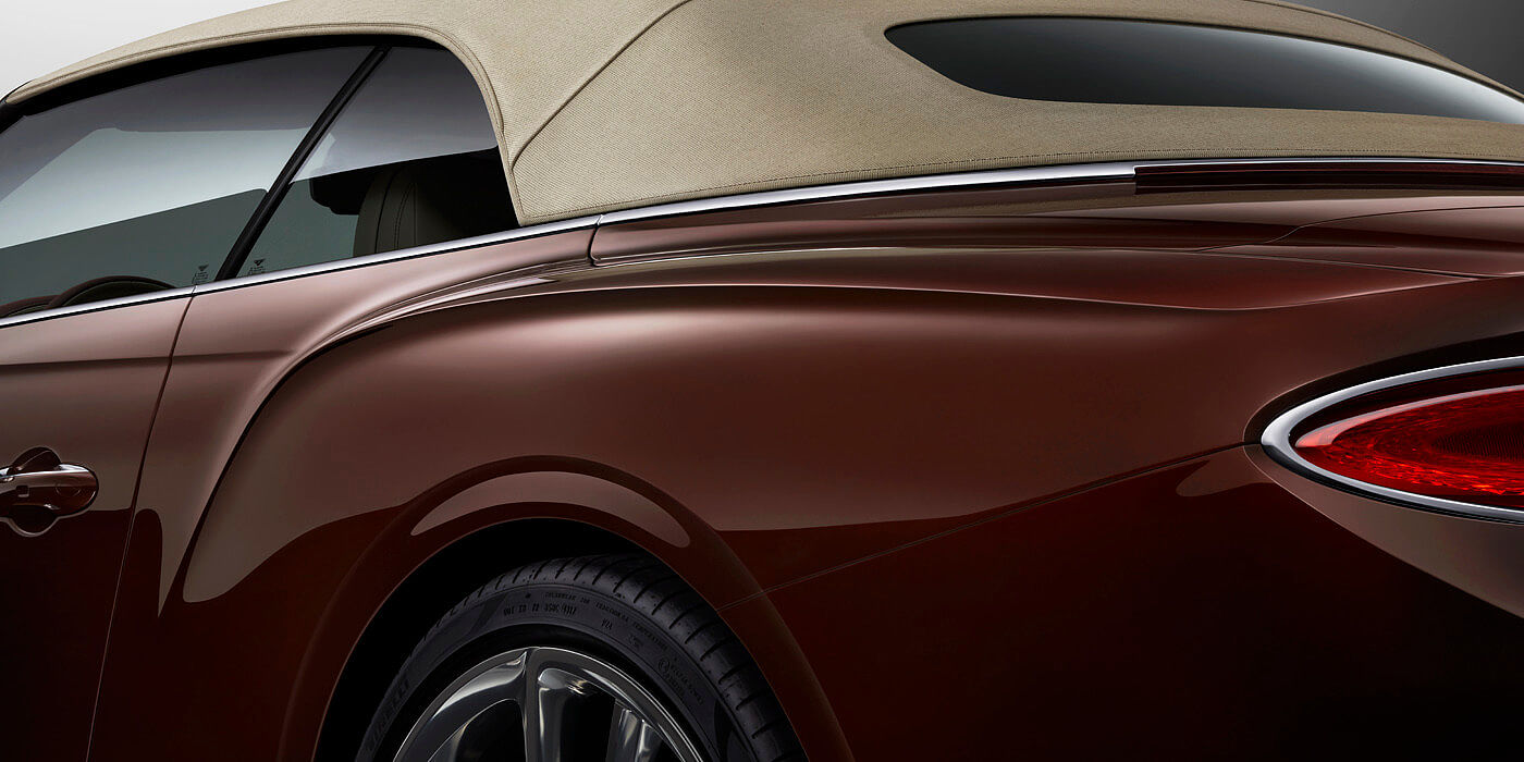BENTLEY-CONTINENTAL-GT-CONVERTIBLE-REAR-BALL-PAINT